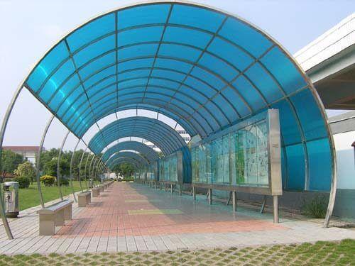 mái poly nhà trưng bày